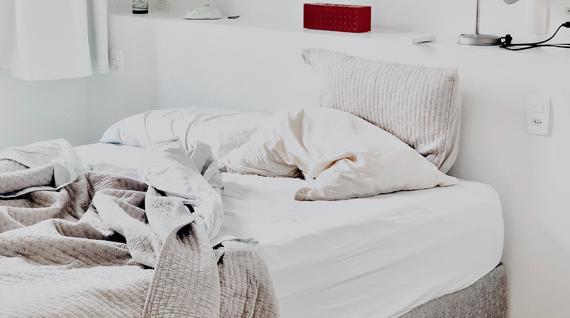 last van een stinkende matras? tips om uw matras te reinigen